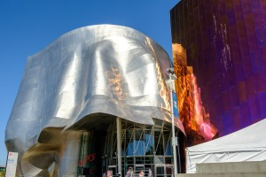 The MoPop building was designed by Frank Gehry and features his signatures curves and reflective surfaces.