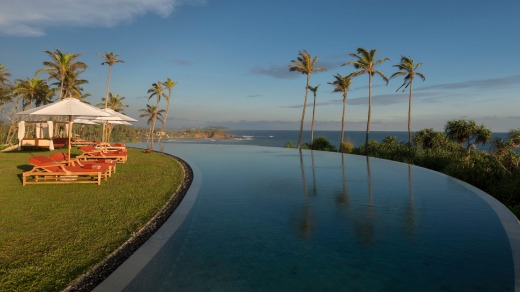 Cape Weligama has just about the most photogenic swimming pool in the world.