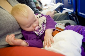 There's a trend of parents travelling with babies on planes to hand out 'apology treats' to the passengers around them.