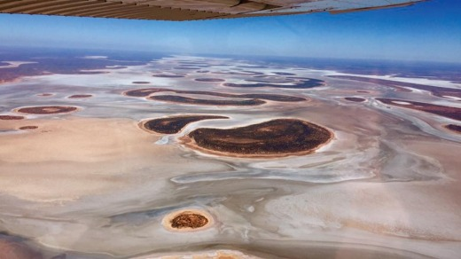 Flying over the Northern Territory with Kings Canyon Air Charters.