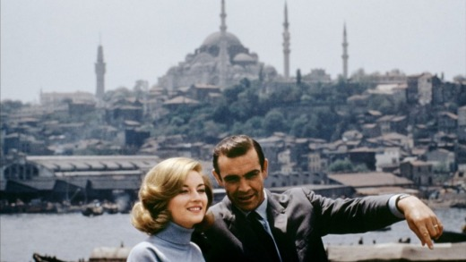 Sean Connery stars as James Bond and Daniela Bianchi asTatiana Romanova in the film <i>From Russia With Love</i>.
