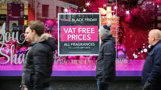 Shoppers on Oxford Street in London. The British government has confirmed its VAT refund scheme will continue after Brexit.