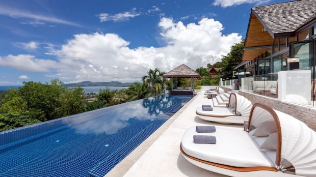 Confused about which Thailand resort is right for you ? Our Thailand Experts are ready to help.