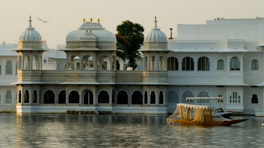 The famous Lake Palace Hotel in Udaipur, Rajasthan.