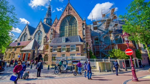 Oude Kerk, where Rembrandt and his wife Saskia were engaged in 1633.