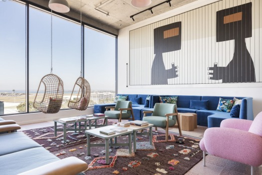 FELIX SYDNEY AIRPORT: Re-live the golden era of travel along with all the elements today's digital nomad expects at ...