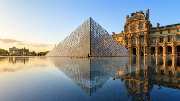 The Louvre Museum in Paris, the city that everyone must visit at least once in a lifetime.