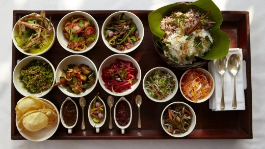 Dinner choices include light bites as well as a range of Sri Lankan curries.