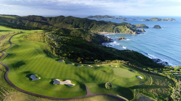 The golf course at The Lodge at Kauri Cliffs SatFeb23Six - SIX OF THE BEST NZ North Island Lodges - Brian Johnston Image ...