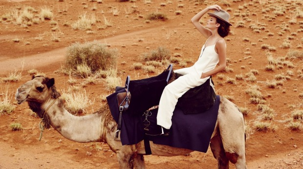 Montana Cox models desert fashions and accessories on a journey on The Ghan.
