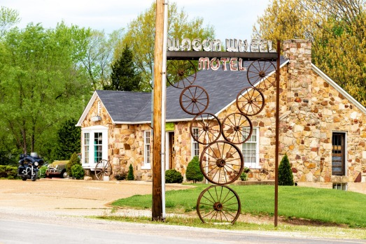 WAGON WHEEL MOTEL, MISSOURI: Although now completely restored, this claims to be the oldest continuously operated motel ...