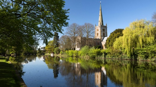 Holy Trinity Church (Shakespeare's burial place) on the River Avon, Stratford-upon-Avon, Warwickshire, England.