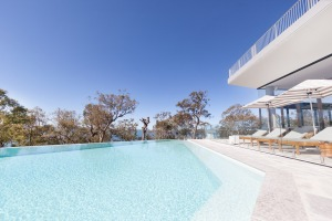 The pool with views out to sea at Bannisters Port Stephens.