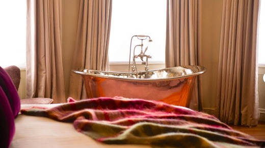 The magnificent copper bath in the Sweet Briar room at the Bingham Riverhouse.