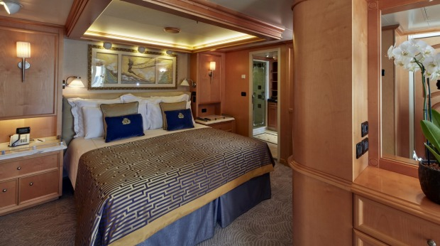 A suite for Queen's Grill passengers.