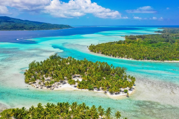 EXPLORE TAHA'A  A 15-minute boat ride across the lagoon from the much larger Raiatea is the tranquil and flower-shaped ...