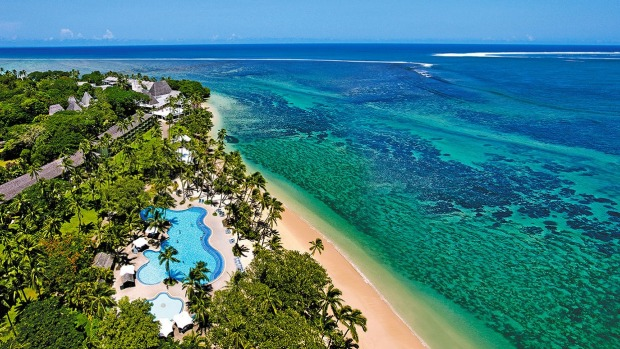 Save two grand on a Fiji family getaway.