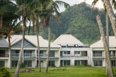 The Sheraton Hotel, Cook Islands: If the Sheraton had ever opened, it would have been the largest resort in the Cook ...