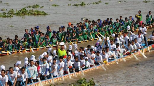 Phnom Penh celebrates Bon Om Touk, The Cambodian Water Festival, with dragon boat racing on The Tonle Sap River.