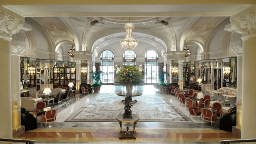 The lobby has been imbued with natural light – but the trademark statue of Louis XIV maintains its imposing position.