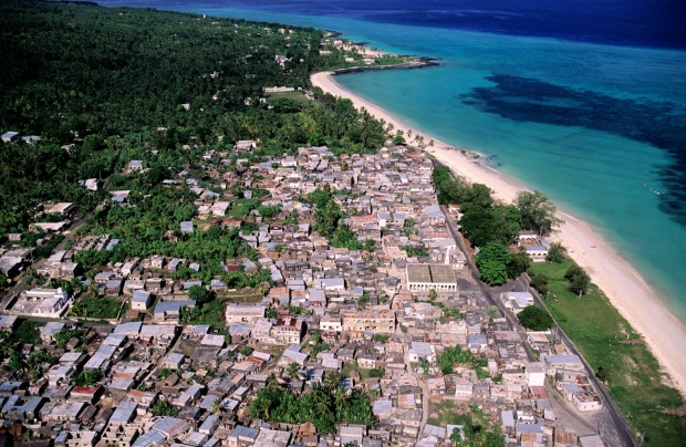 Comoros: While Indian Ocean rivals Mauritius, Reunion and the Seychelles do a relatively roaring trade, the Comoros just ...