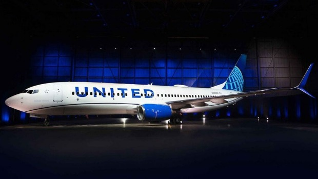 The first aircraft painted with the new design is a Boeing 737-800.