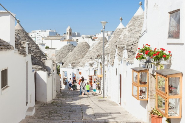 ALBEROBELLO  Puglia's tourism superstar exercises a fairytale fascination on account of its trulli – whitewashed houses ...