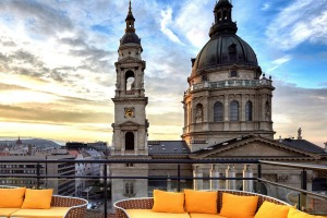 The High Note Skybar has gasp-inducing views of the city and St Stephen's Basilica.