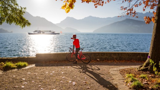 The Lake Route's best sections are west of Zurich, as it loops around gorgeous lakes such as Geneva, Brienz and Lucerne ...