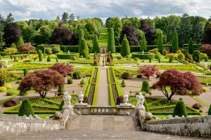 The layout and colours of Drummond Castle Gardens blaze with Scottish loyalty.