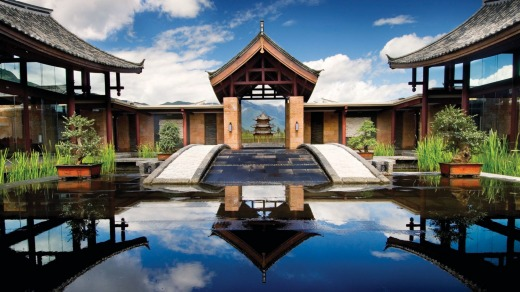 The Banyan Tree Lijiang offering guests space and privacy.