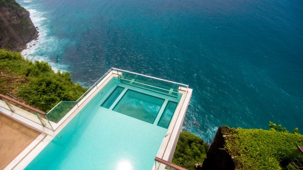 ONEEIGHTYBALI  Oneeightybali's calling card is its sky pool, which juts out more than six metres over cliffs on the ...