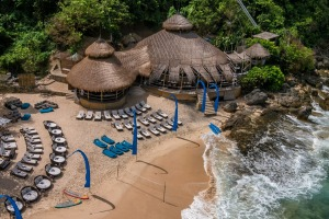 There are 420-ish steps down to the beach-only club, Karma Beach Club.