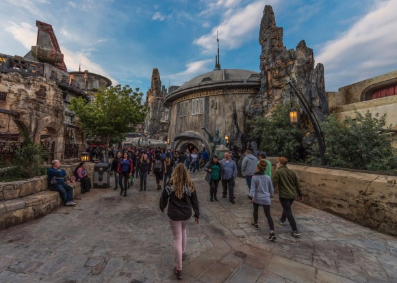 Black Spire Outpost, a village on the planet of Batuu, is the setting for the new attraction.