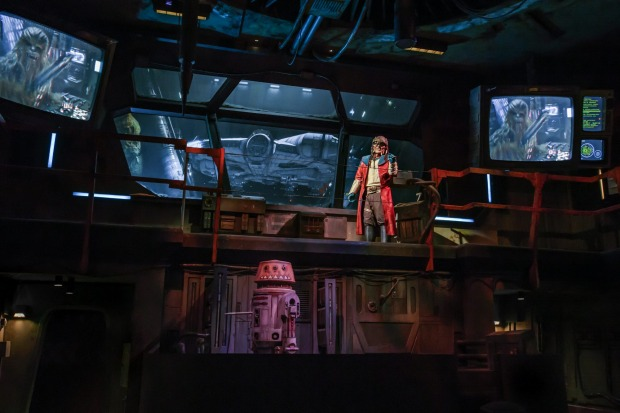 Pirate Hondo Ohnaka gives guests their mission prior to boarding Millennium Falcon: Smugglers Run ride.