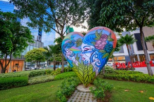 Street art in Bonifacio Global City.