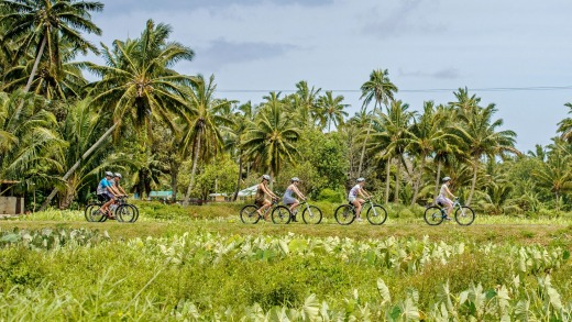Cycling through the Rarotongan countryside.