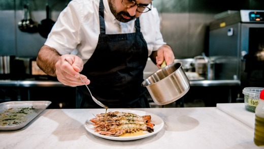 Sydney chef Alex Munoz moved north to the Gold Coast to open hot new eatery, Restaurant Labart.