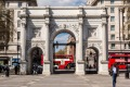 G2Y1YR Marble Arch, London, UK tra5-online-moved David Whitley 10 buildings that aren't where they're supposed to be. ...