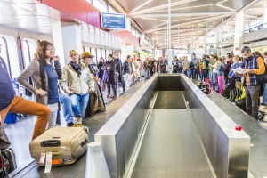 With all the new technology being deployed, can't airports do something about baggage carousels?