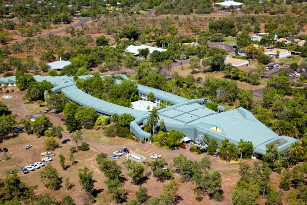 Mercure Kakadu Crocodile Hotel, Northern Territory: With eyes on the roof, a swimming pool for a heart and guest rooms ...