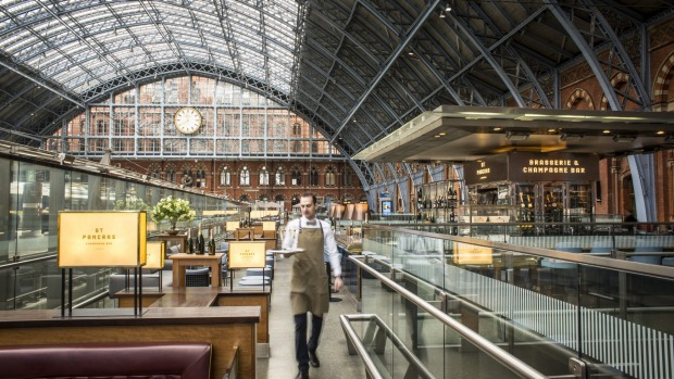 St Pancras International features Europe's longest champagne bar.