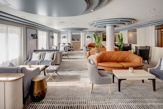 Charlies Bar on Pacific Explorer.