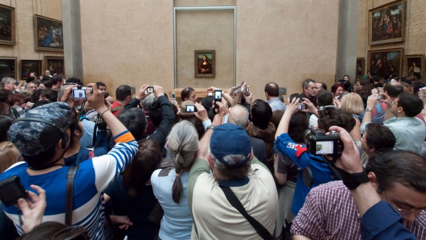 Just a regular day in the Salle de Estat at the Louvre.
