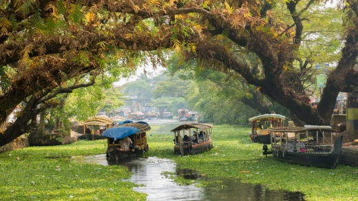 Houseboats on the backwaters of Kerala in Alappuzha.