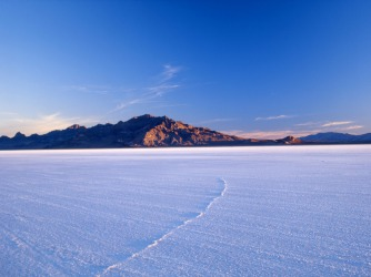 BONNEVILLE SALT FLATS: Located in north-western Utah, this is the largest salt flat in the region, best known for land ...