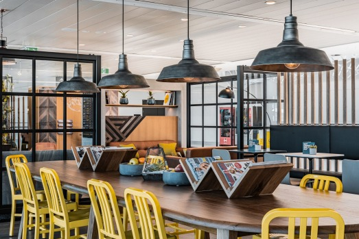 The new No.1 Lounge at Brisbane Airport is for Virgin Australia passengers and anyone willing to pay the entry fee.