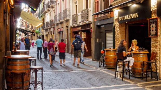 There are countless pubs, bars, taverns and restaurants in St Nicholas Street (Calle San Nicolas), Pamplona.