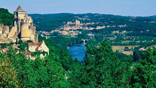 The Dordogne Valley is filled with fortified towns and castles.