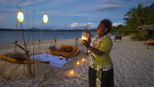 An exclusive dinner on the beach at Havannah Harbour.
